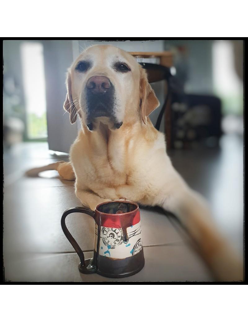 mug motif horloge