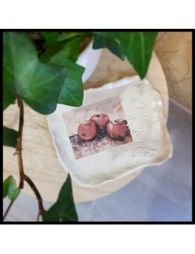 plat céramique motif pommes