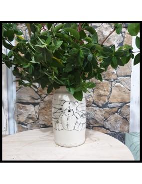 Vase en grès blanc nounours